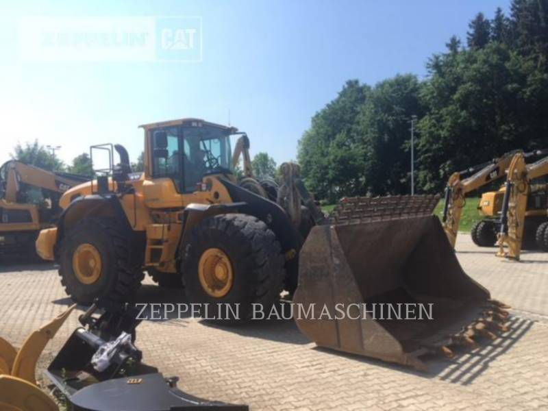 VOLVO CONSTRUCTION EQUIPMENT WHEEL LOADERS/INTEGRATED TOOLCARRIERS L220 equipment  photo 3