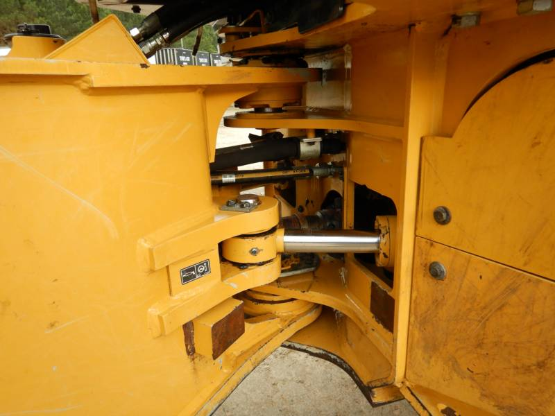 CATERPILLAR FORSTWIRTSCHAFT - HOLZRÜCKER 535D equipment  photo 14