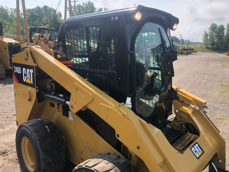 CATERPILLAR PALE COMPATTE SKID STEER 246 D equipment  photo 5