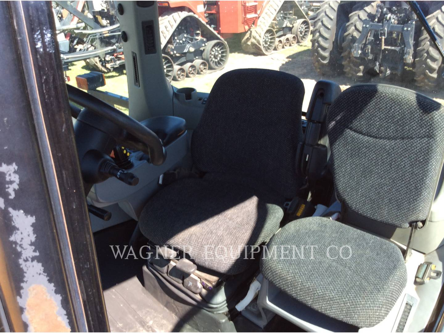 Detail photo of 2002 AGCO MT755 from Construction Equipment Guide