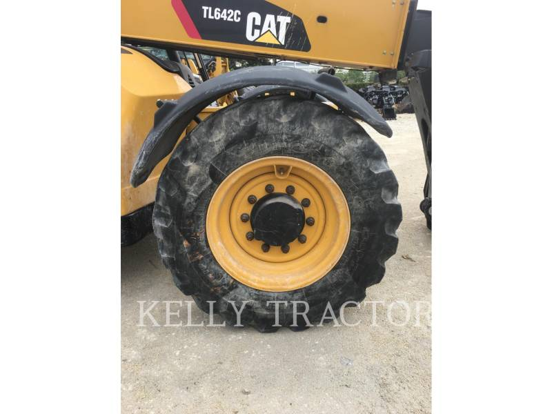 CATERPILLAR TELEHANDLER TL642C equipment  photo 11
