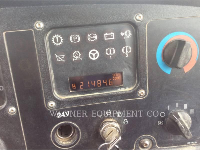 CATERPILLAR KNICKGELENKTE MULDENKIPPER 740 equipment  photo 21