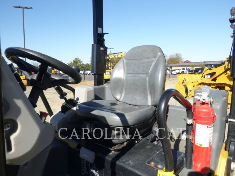 CATERPILLAR COMPACTEURS CB34B equipment  photo 7