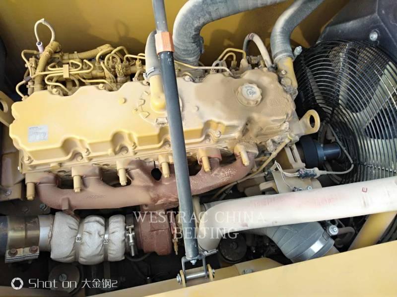 CATERPILLAR TRACK EXCAVATORS 323D2L equipment  photo 9