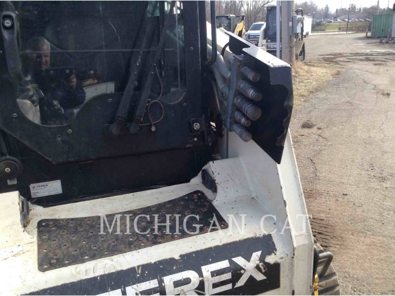 TEREX CORPORATION CARGADORES MULTITERRENO PT110 equipment  photo 14