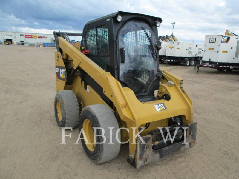 CATERPILLAR SKID STEER LOADERS 272 D equipment  photo 1