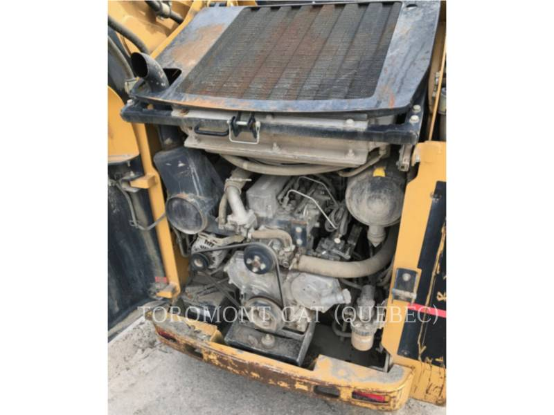 CATERPILLAR CHARGEURS COMPACTS RIGIDES 252B equipment  photo 8