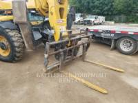 CATERPILLAR 伸缩式装卸机 TL1055 equipment  photo 4