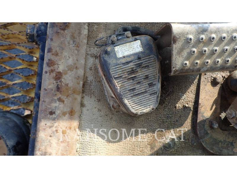 CATERPILLAR TRACK EXCAVATORS 225DLC equipment  photo 23