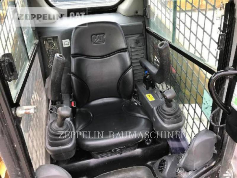 CATERPILLAR PALE COMPATTE SKID STEER 246D equipment  photo 9