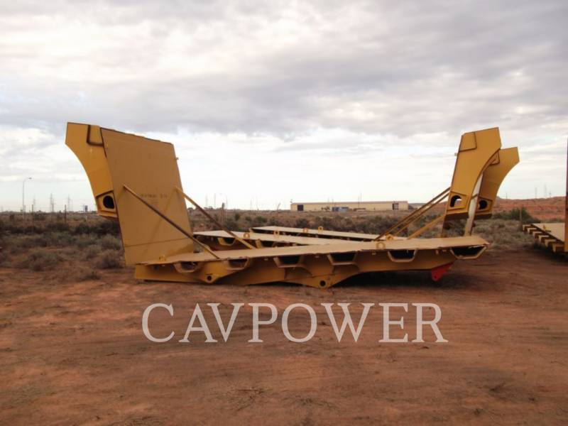 CATERPILLAR TOMBEREAUX RIGIDES POUR MINES 793 TRAYS. equipment  photo 2