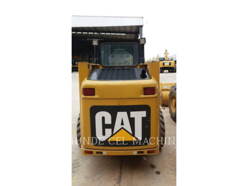 CATERPILLAR PALE COMPATTE SKID STEER 226B3LRC equipment  photo 10
