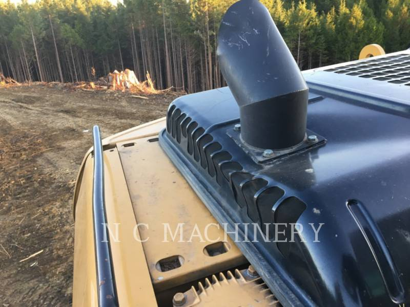 CATERPILLAR MASZYNA LEŚNA 320D FM equipment  photo 9