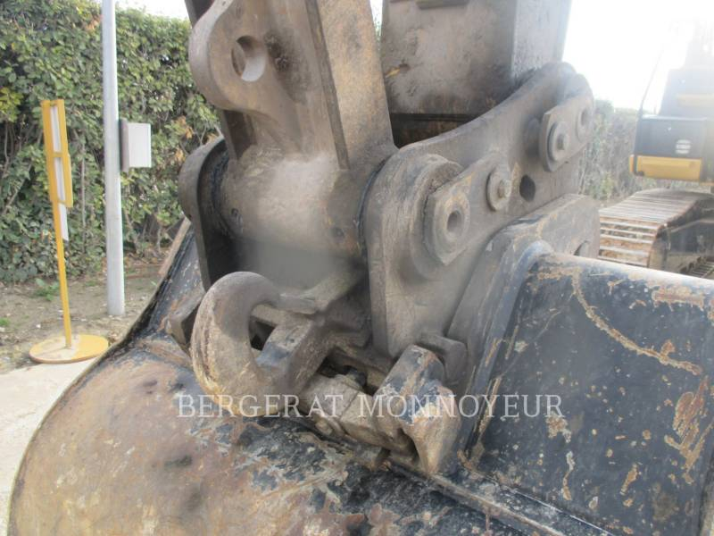 CATERPILLAR TRACK EXCAVATORS 323E equipment  photo 13