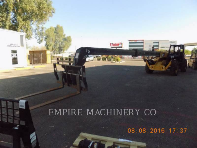 CATERPILLAR テレハンドラ TH514C equipment  photo 4