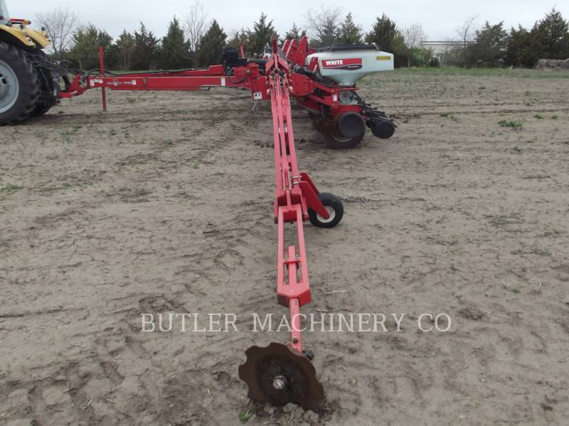 AGCO-WHITE Pflanzmaschinen 8186 equipment  photo 2