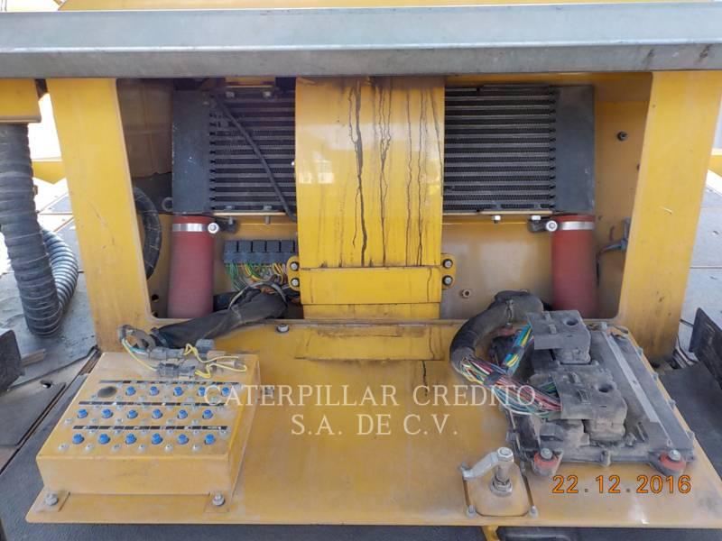 CATERPILLAR PAVIMENTADORA DE ASFALTO AP-655D equipment  photo 12