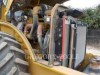 CATERPILLAR VIBRATORY SINGLE DRUM PAD CP-54B equipment  photo 21
