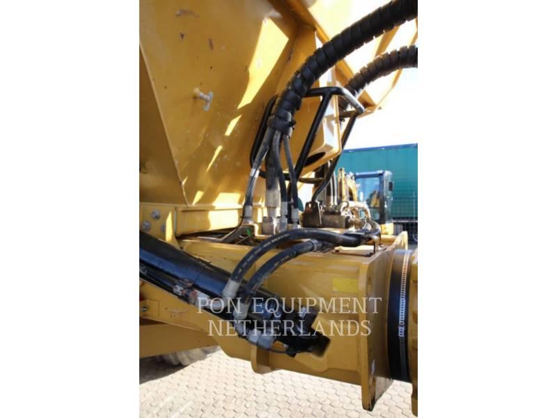 CATERPILLAR DUMPER ARTICOLATI 740B equipment  photo 15
