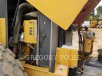 CATERPILLAR VIBRATORY SINGLE DRUM SMOOTH CS-54 equipment  photo 23