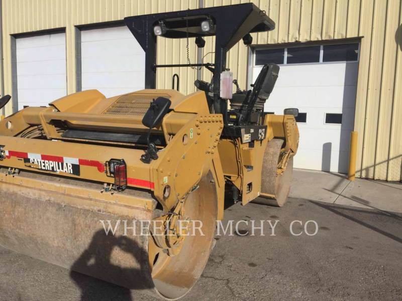 CATERPILLAR VIBRATORY DOUBLE DRUM ASPHALT CB64 VV equipment  photo 3
