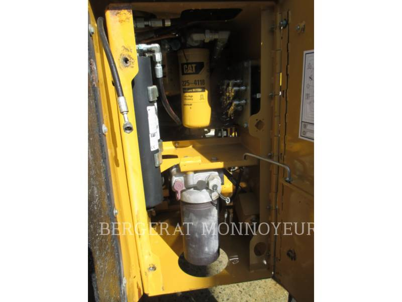 CATERPILLAR CARGADORES DE RUEDAS 972H equipment  photo 11