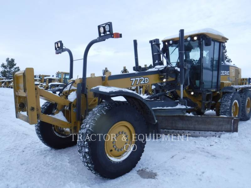 JOHN DEERE MOTOR GRADERS 772D equipment  photo 7