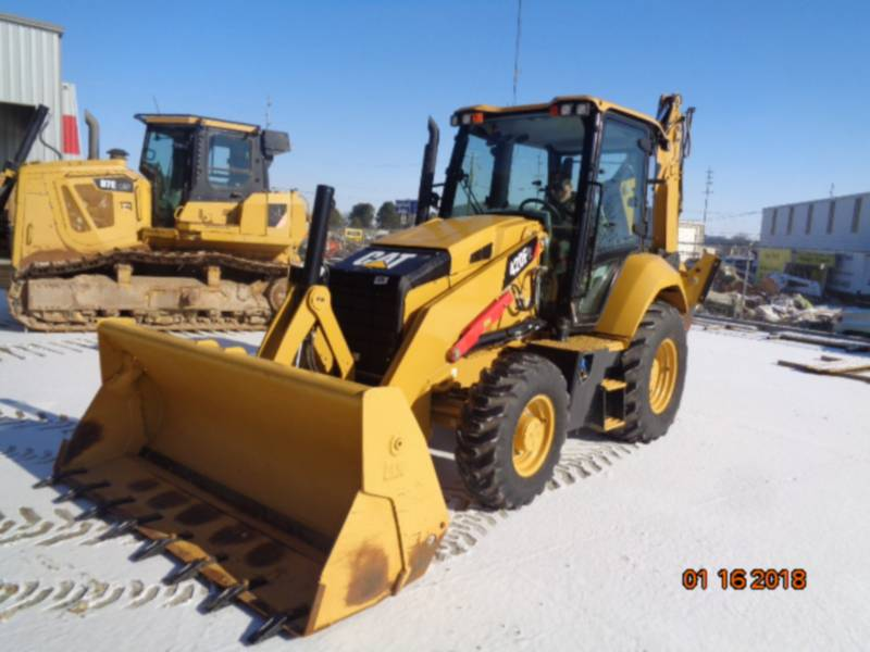 CATERPILLAR BAGGERLADER 420F2ST equipment  photo 1