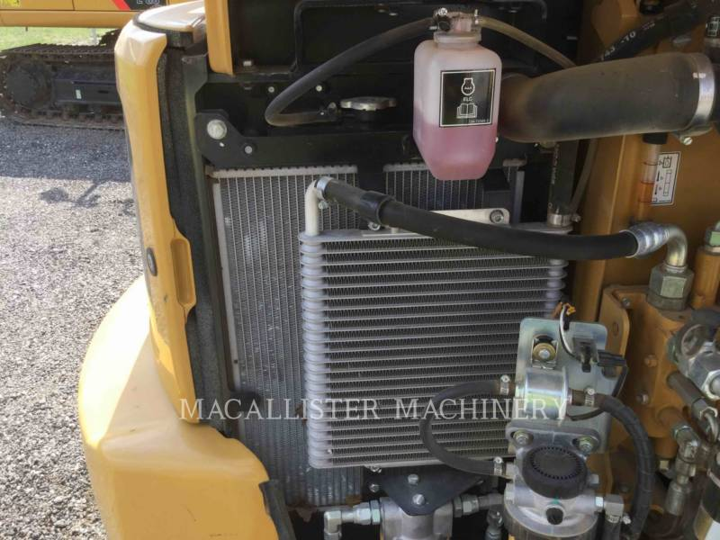CATERPILLAR KETTEN-HYDRAULIKBAGGER 303E equipment  photo 8