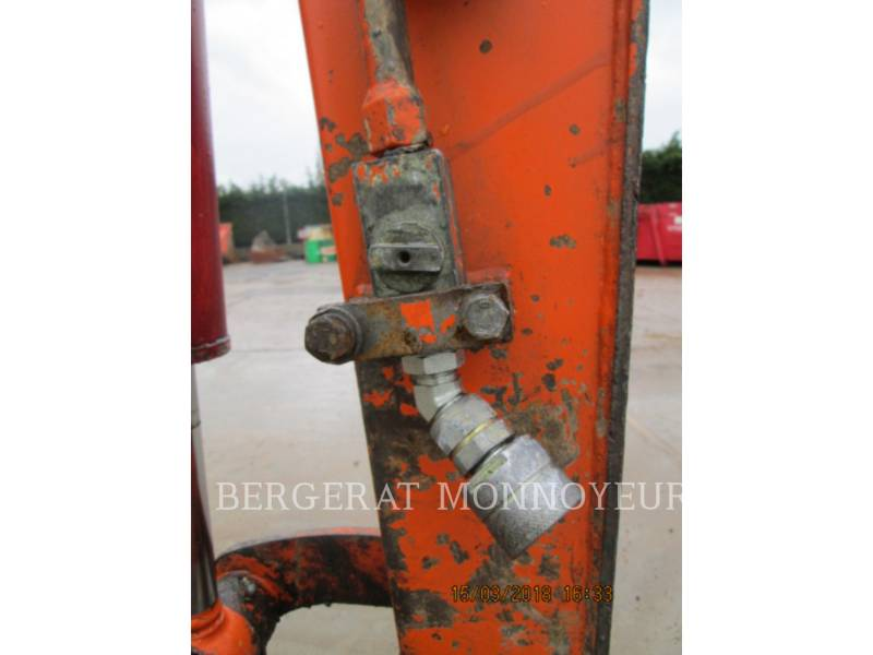 DAEWOO EXCAVADORAS DE CADENAS S030 equipment  photo 13