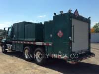 FREIGHTLINER CAMIONES DE CARRETER 108SD equipment  photo 3