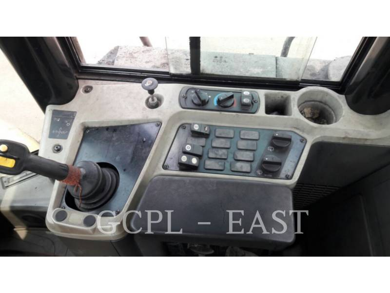 CATERPILLAR MINING WHEEL LOADER 950GC equipment  photo 9