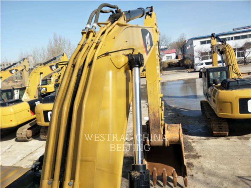 CATERPILLAR KETTEN-HYDRAULIKBAGGER 326D2L equipment  photo 5