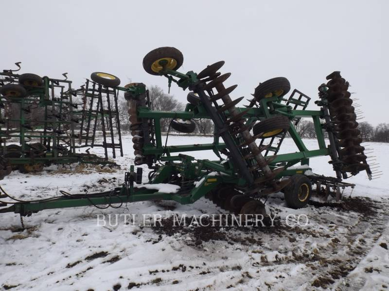 DEERE & CO. AG TILLAGE EQUIPMENT 637 equipment  photo 1