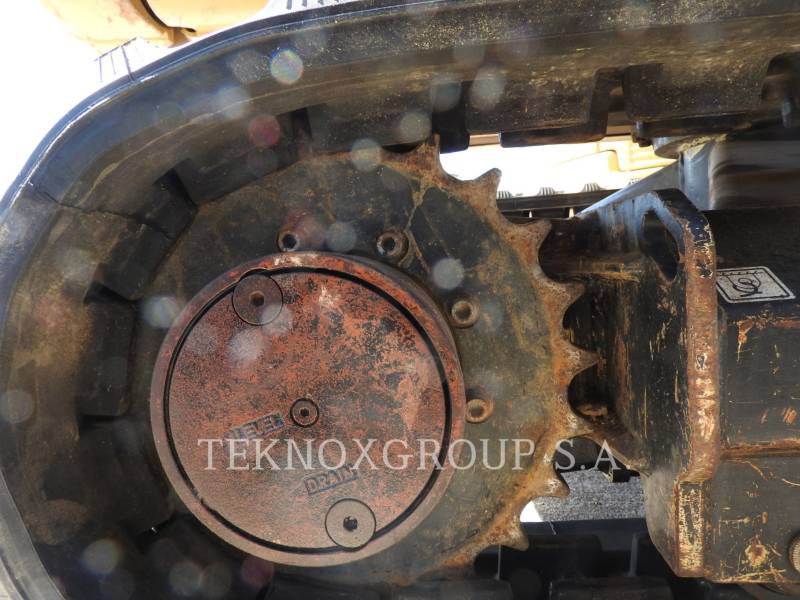 CATERPILLAR EXCAVADORAS DE CADENAS 302.4D equipment  photo 21