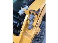 CATERPILLAR SKID STEER LOADERS 226D equipment  photo 8