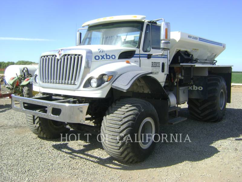 INTERNATIONAL TRUCKS FLOATERS 7400 FLOATER TRUCK equipment  photo 1
