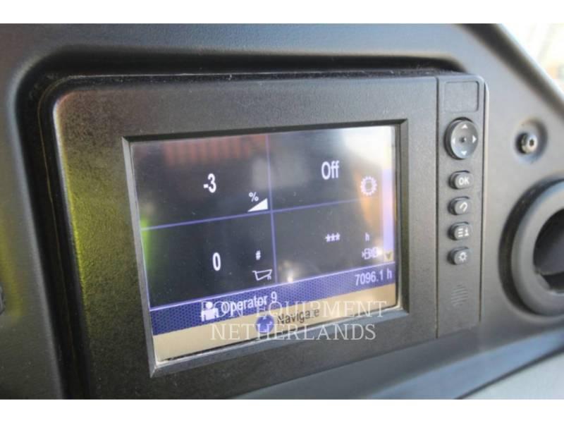 CATERPILLAR DUMPER ARTICOLATI 740B equipment  photo 22