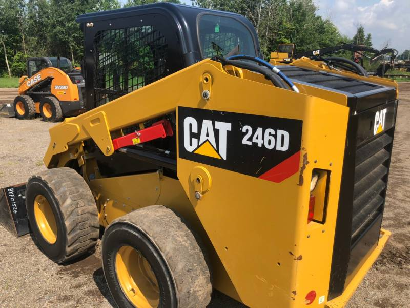 CATERPILLAR PALE COMPATTE SKID STEER 246 D equipment  photo 12