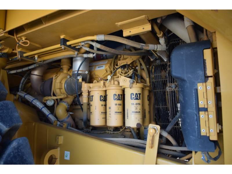 CATERPILLAR 鉱業用ダンプ・トラック 773 G equipment  photo 10