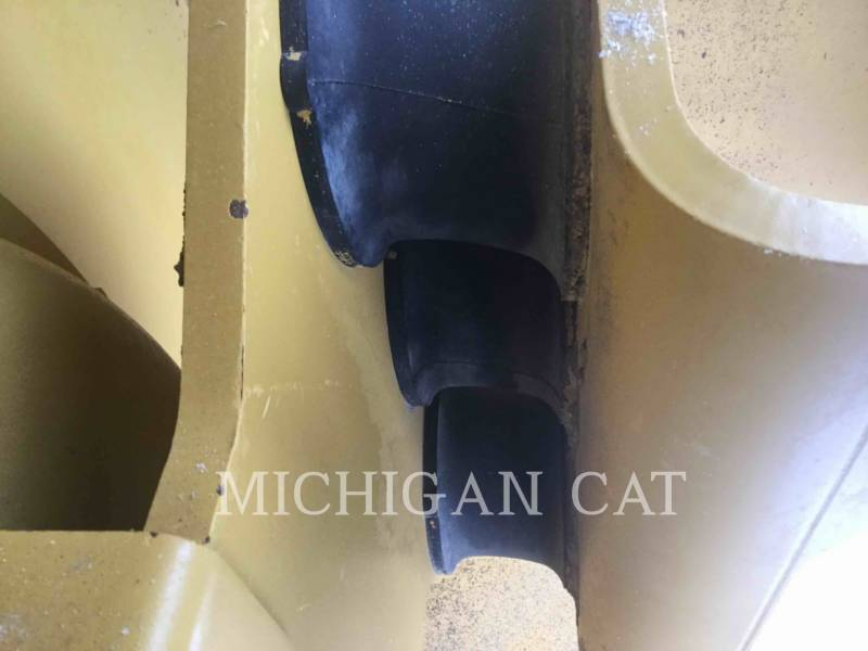 CATERPILLAR EINZELVIBRATIONSWALZE, GLATTBANDAGE CS54 equipment  photo 11