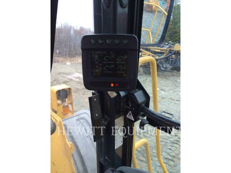 JOHN DEERE WHEEL LOADERS/INTEGRATED TOOLCARRIERS 824K equipment  photo 9