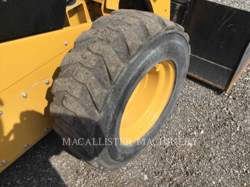 CATERPILLAR SKID STEER LOADERS 236D equipment  photo 19