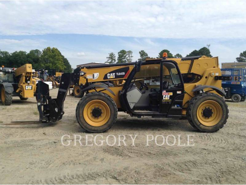 CATERPILLAR TELEHANDLER TL642D equipment  photo 7