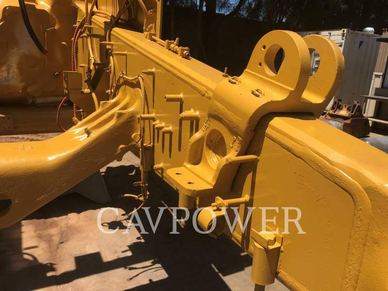 CATERPILLAR BERGBAU-KETTENDOZER D10T equipment  photo 3