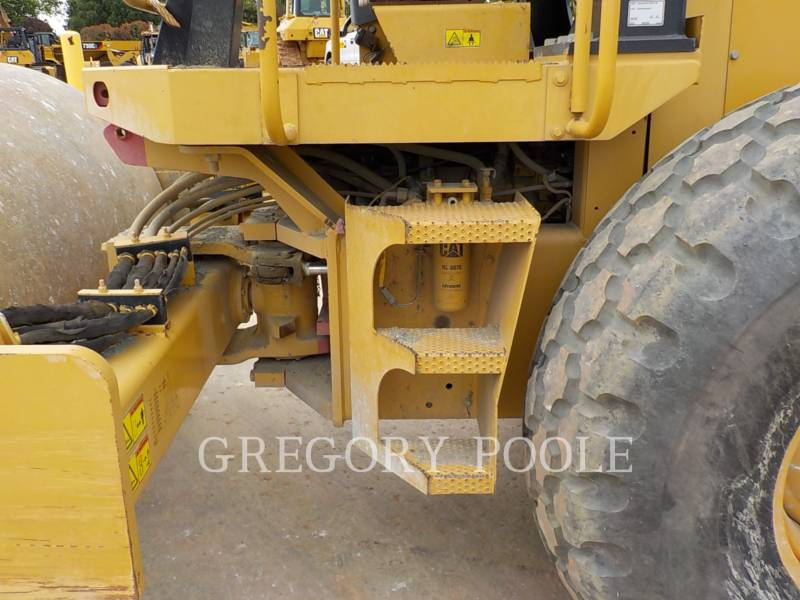 CATERPILLAR VIBRATORY SINGLE DRUM SMOOTH CS-54 equipment  photo 18