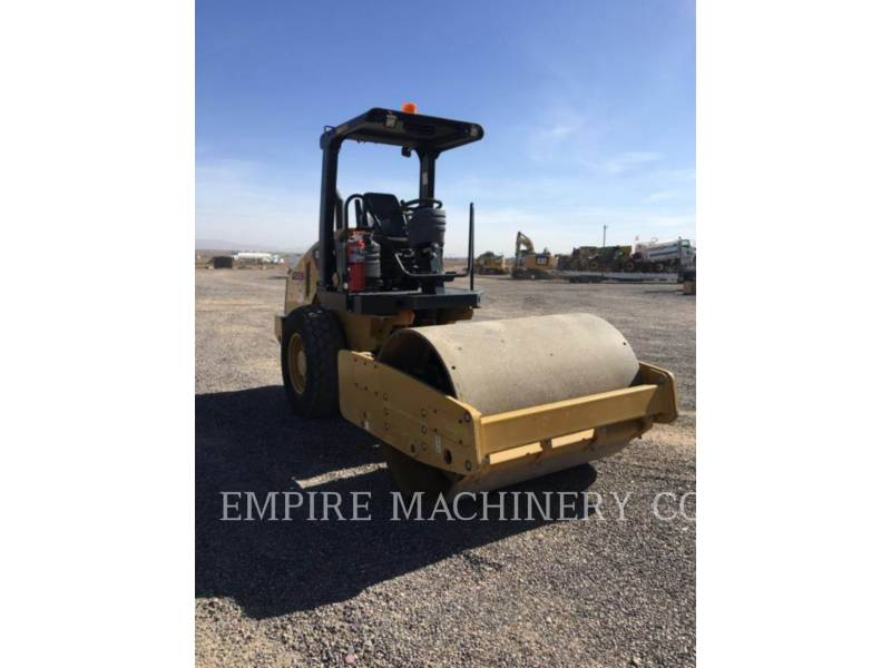 CATERPILLAR COMPACTEUR VIBRANT, MONOCYLINDRE À PIEDS DAMEURS CS44 equipment  photo 1