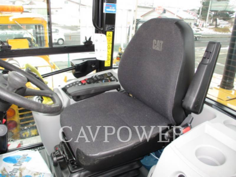 CATERPILLAR WHEEL LOADERS/INTEGRATED TOOLCARRIERS 910K equipment  photo 8
