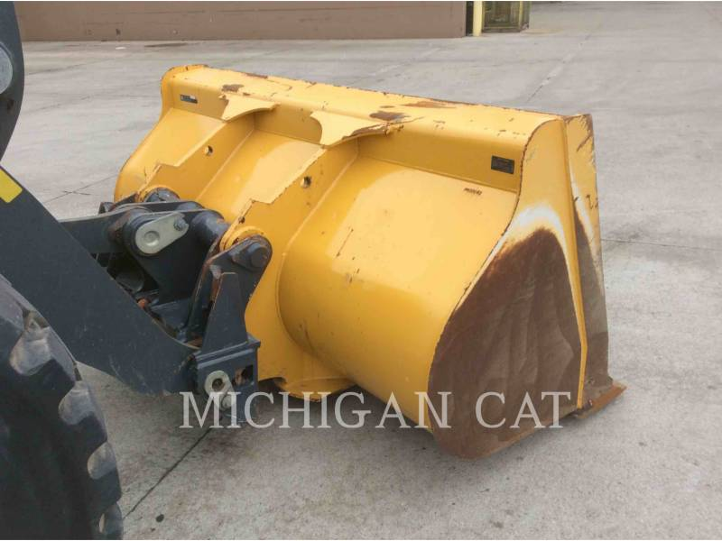 JOHN DEERE CARGADORES DE RUEDAS 524K equipment  photo 16