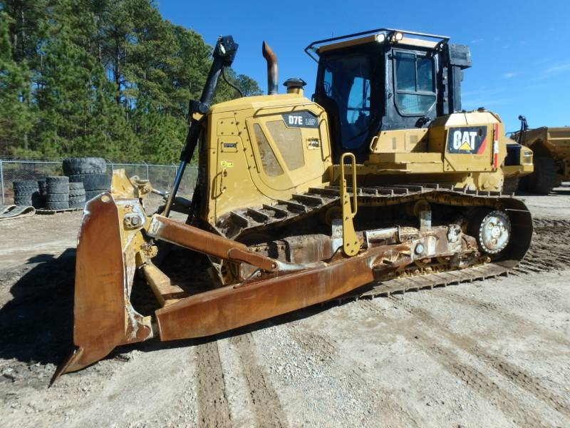CATERPILLAR KETTENDOZER D7ELGP equipment  photo 1